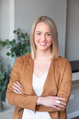 Dr. Cara Fenster