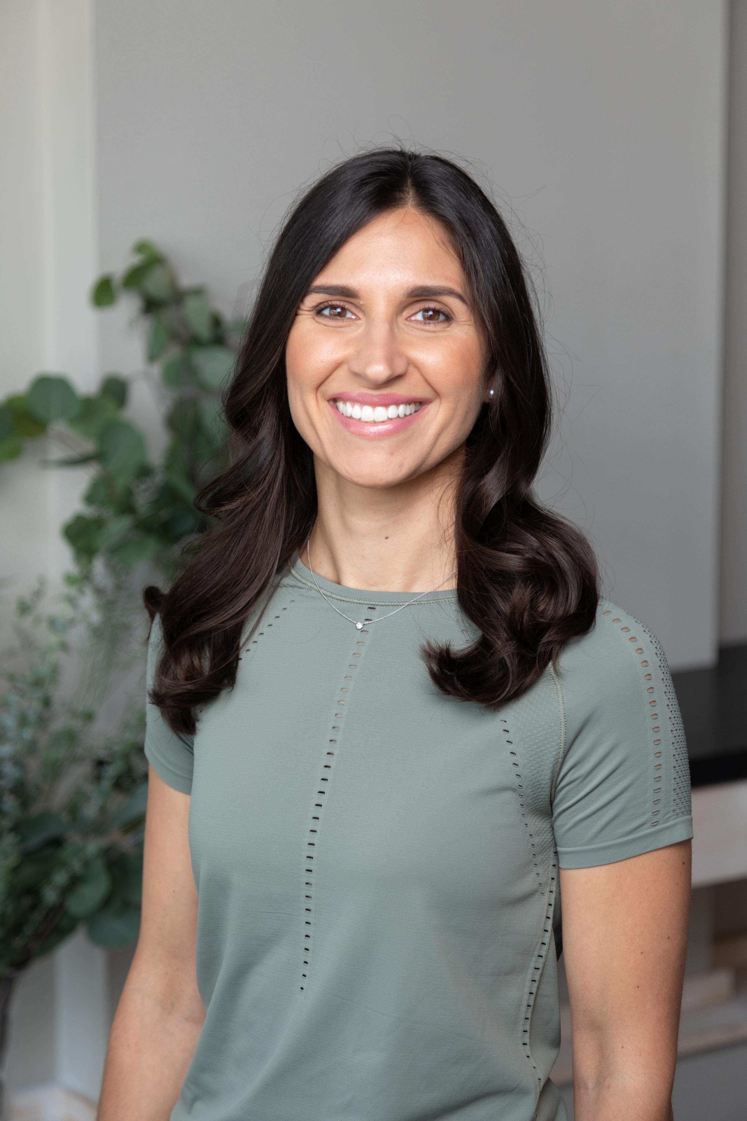Dr. Cristina Morales